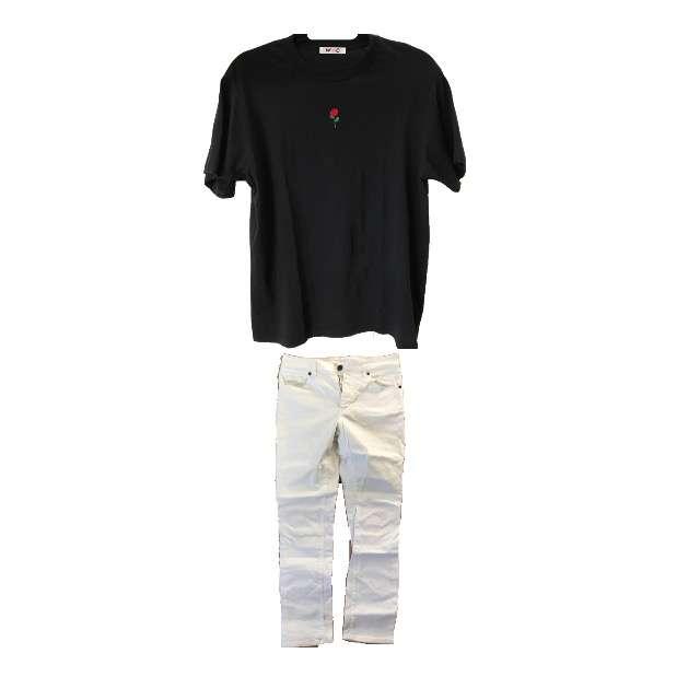 Tシャツ/カットソー、デニム等を使ったコーデ画像