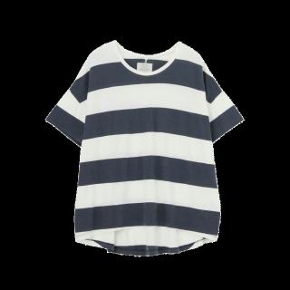 このコーデで使われているUngridのTシャツ/カットソー[ネイビー]
