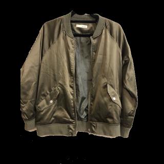 SHOO-LA-RUEのノーカラージャケット