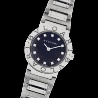 このコーデで使われているBvlgariの腕時計[シルバー]