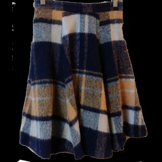 GRACE CONTINENTALのひざ丈スカート