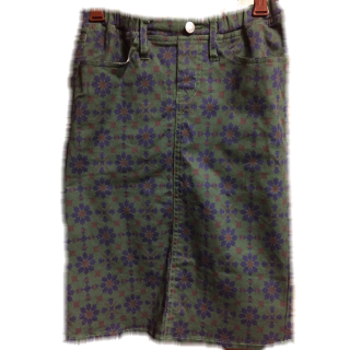 Avan Lilyのタイトスカート
