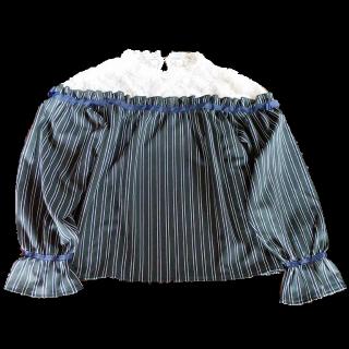 このコーデで使われているaxes femmeのシャツ/ブラウス[ブラック/グリーン]