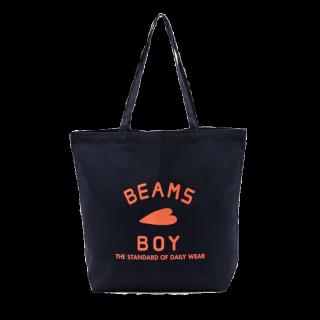 このコーデで使われているBEAMS BOYのトートバッグ[ネイビー]