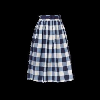 このコーデで使われているF i.n.tのひざ丈スカート[ネイビー/ホワイト]