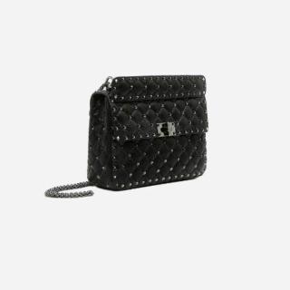 VALENTINO GARAVANIのハンドバッグ