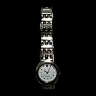 このコーデで使われているGIVENCHYの腕時計[ホワイト/シルバー]