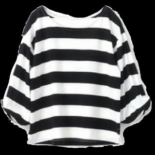 このコーデで使われているhappy急便のTシャツ/カットソー[ホワイト/ブラック]