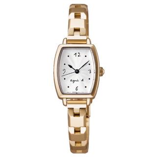このコーデで使われているagnes b.の腕時計[ゴールド]