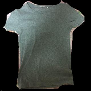 このコーデで使われているUNIQLOのTシャツ/カットソー[グレー]