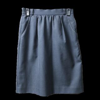 組曲のタイトスカート