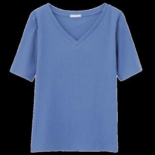 このコーデで使われているGUのTシャツ/カットソー[ブルー]