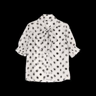 このコーデで使われているdazzlinのシャツ/ブラウス[ホワイト/ブラック]