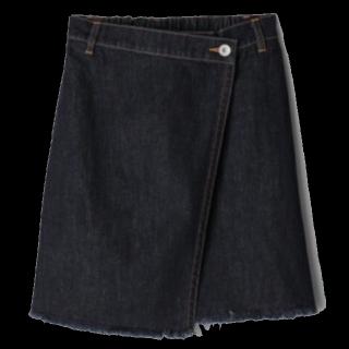このコーデで使われているJEANASISのひざ丈スカート[ネイビー]