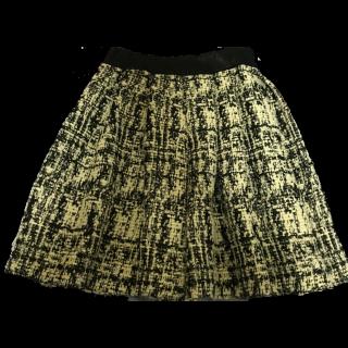 ADOREのひざ丈スカート