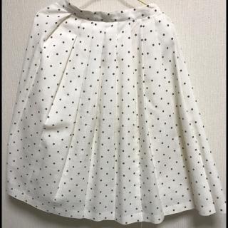 このコーデで使われているスカート[ホワイト/ブラック]