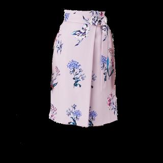 RDのタイトスカート
