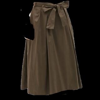 UNIQLOのミモレ丈スカート