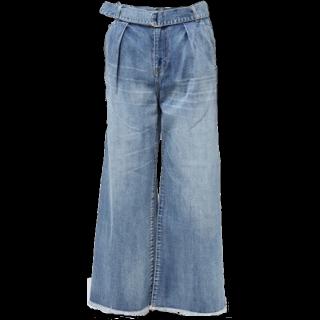 このコーデで使われているDiscoatのデニムパンツ[ブルー]