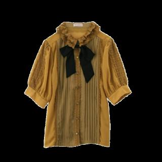 このコーデで使われているaxes femmeのシャツ/ブラウス[イエロー]