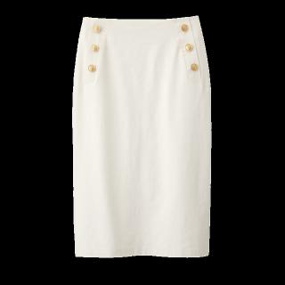 このコーデで使われているGUのタイトスカート[ホワイト]