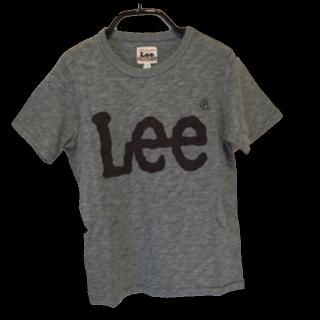 このコーデで使われているLeeのTシャツ/カットソー[グレー]