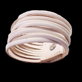 このコーデで使われているブレスレット[ホワイト]