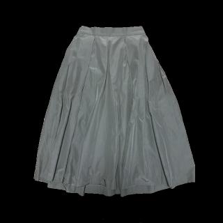 このコーデで使われているBEAUTY&YOUTH UNITED ARROWSのミモレ丈スカート[カーキ]