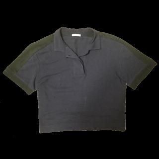 このコーデで使われているGUのポロシャツ[ブラック/ネイビー]