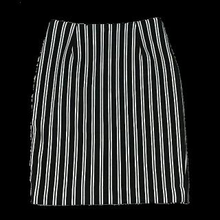 このコーデで使われているSpick and Span Nobleのタイトスカート[ホワイト/ブラック]