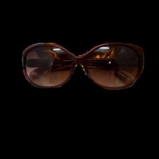 このコーデで使われているCALVIN KLEINのサングラス[ブラウン]