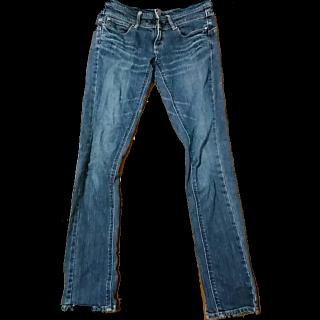 このコーデで使われているC-SEVENTEENのデニムパンツ[ブラウン/ネイビー]