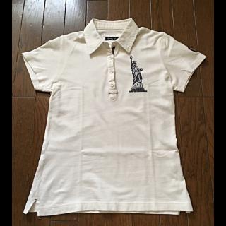 このコーデで使われているEASTBOYのポロシャツ[ホワイト]