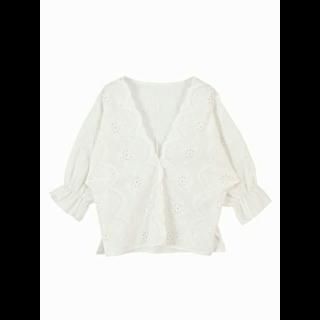 このコーデで使われているMarie Hillのシャツ/ブラウス[ホワイト]