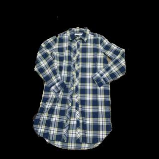 このコーデで使われているCECIL McBEEのシャツ/ブラウス[ネイビー]