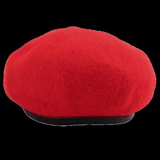 このコーデで使われているPUNYUSのベレー帽[レッド/ブラック]