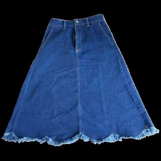 merlotのデニムスカート