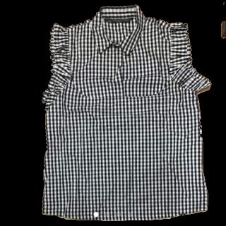このコーデで使われているZARAのシャツ/ブラウス[ブラック/ホワイト]