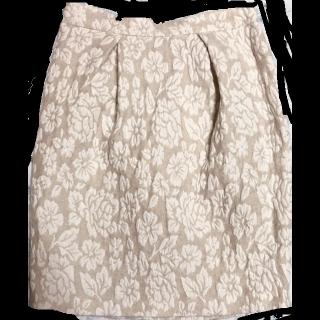 このコーデで使われている31 sons de modeのタイトスカート[ホワイト/ベージュ]