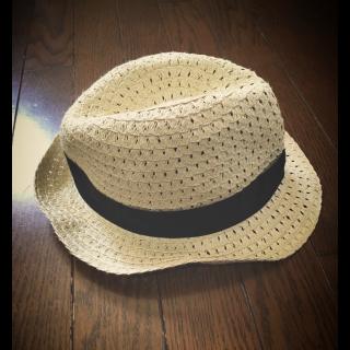 このコーデで使われているしまむらの帽子[ベージュ]