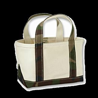 このコーデで使われているL.L.Beanのトートバッグ[ホワイト/カーキ]