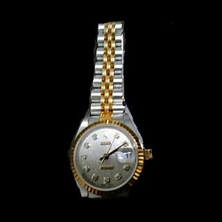 このコーデで使われているROLEXの腕時計[ホワイト/ゴールド]