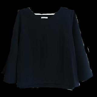 このコーデで使われているHONEYSのTシャツ/カットソー[ネイビー]