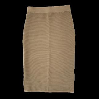 このコーデで使われているUNIQLOのスカート[ベージュ]
