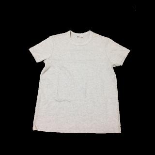 UNIQLO UのTシャツ/カットソー