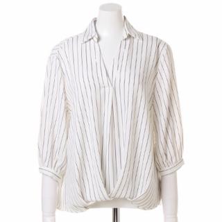 このコーデで使われているINGNIのシャツ/ブラウス[ホワイト/ブラック]