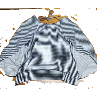 このコーデで使われているearth music&ecologyのシャツ/ブラウス[ホワイト/ブラック]