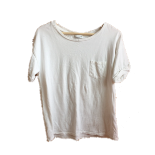 このコーデで使われているEhyphen world galleryのTシャツ/カットソー[ホワイト]