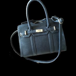 riendaのハンドバッグ