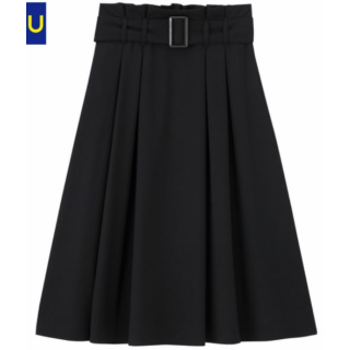 このコーデで使われているGUのスカート[ブラック]